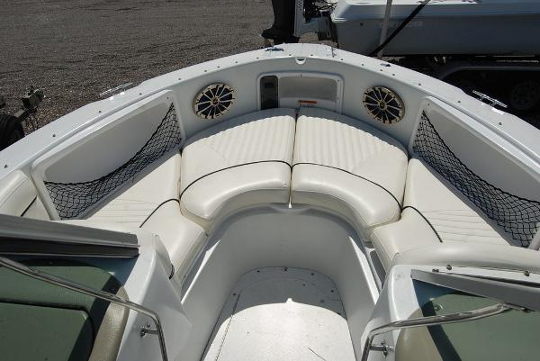 2008 Triumph boat for sale, model of the boat is 191 FS/LE & Image # 9 of 10