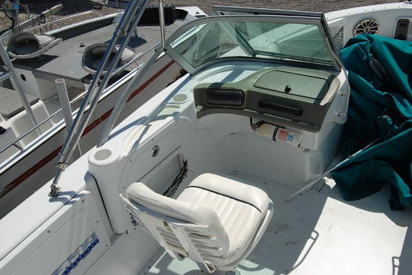 2008 Triumph boat for sale, model of the boat is 191 FS/LE & Image # 10 of 10