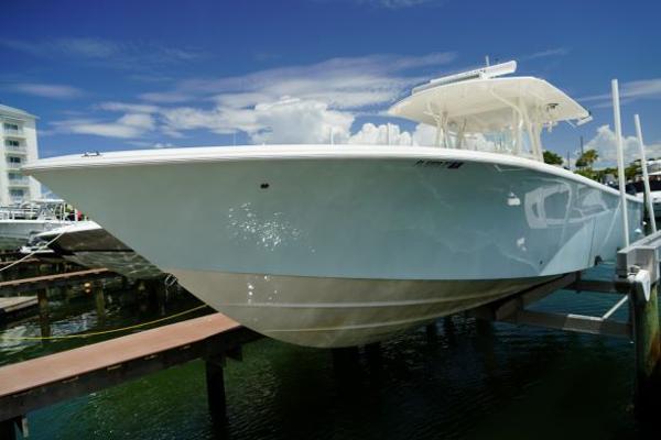2019 SeaVee 390Z