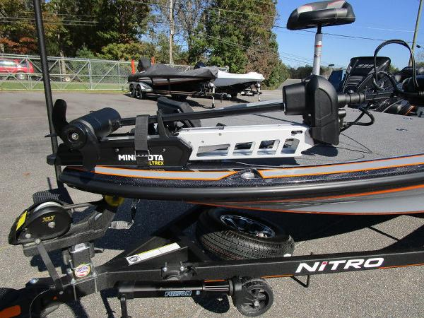 2021 Nitro boat for sale, model of the boat is Z20 Pro & Image # 3 of 54