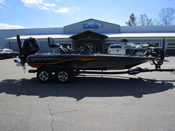 2021 Nitro boat for sale, model of the boat is Z20 Pro & Image # 5 of 54