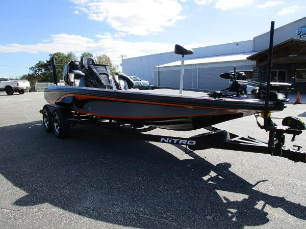 2021 Nitro boat for sale, model of the boat is Z20 Pro & Image # 6 of 54