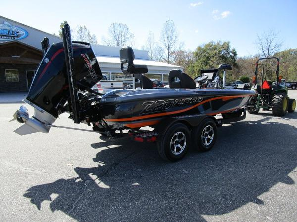 2021 Nitro boat for sale, model of the boat is Z20 Pro & Image # 8 of 54