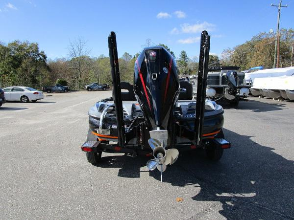 2021 Nitro boat for sale, model of the boat is Z20 Pro & Image # 11 of 54