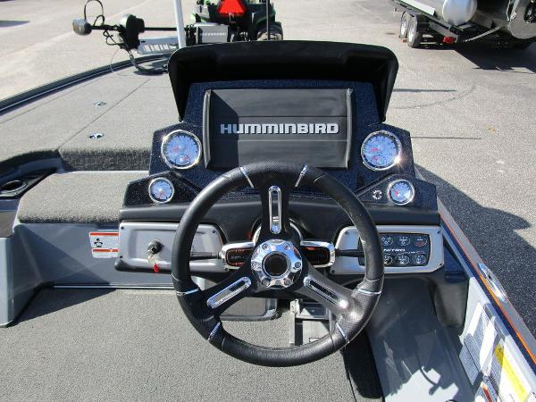 2021 Nitro boat for sale, model of the boat is Z20 Pro & Image # 29 of 54