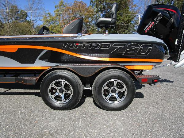 2021 Nitro boat for sale, model of the boat is Z20 Pro & Image # 45 of 54