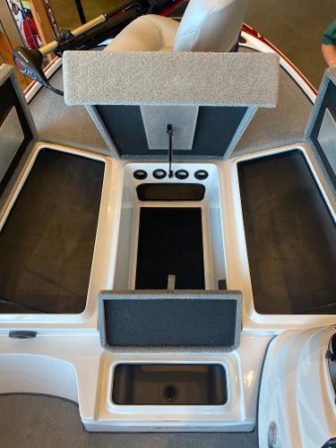 2020 Nitro boat for sale, model of the boat is Z17 & Image # 8 of 40