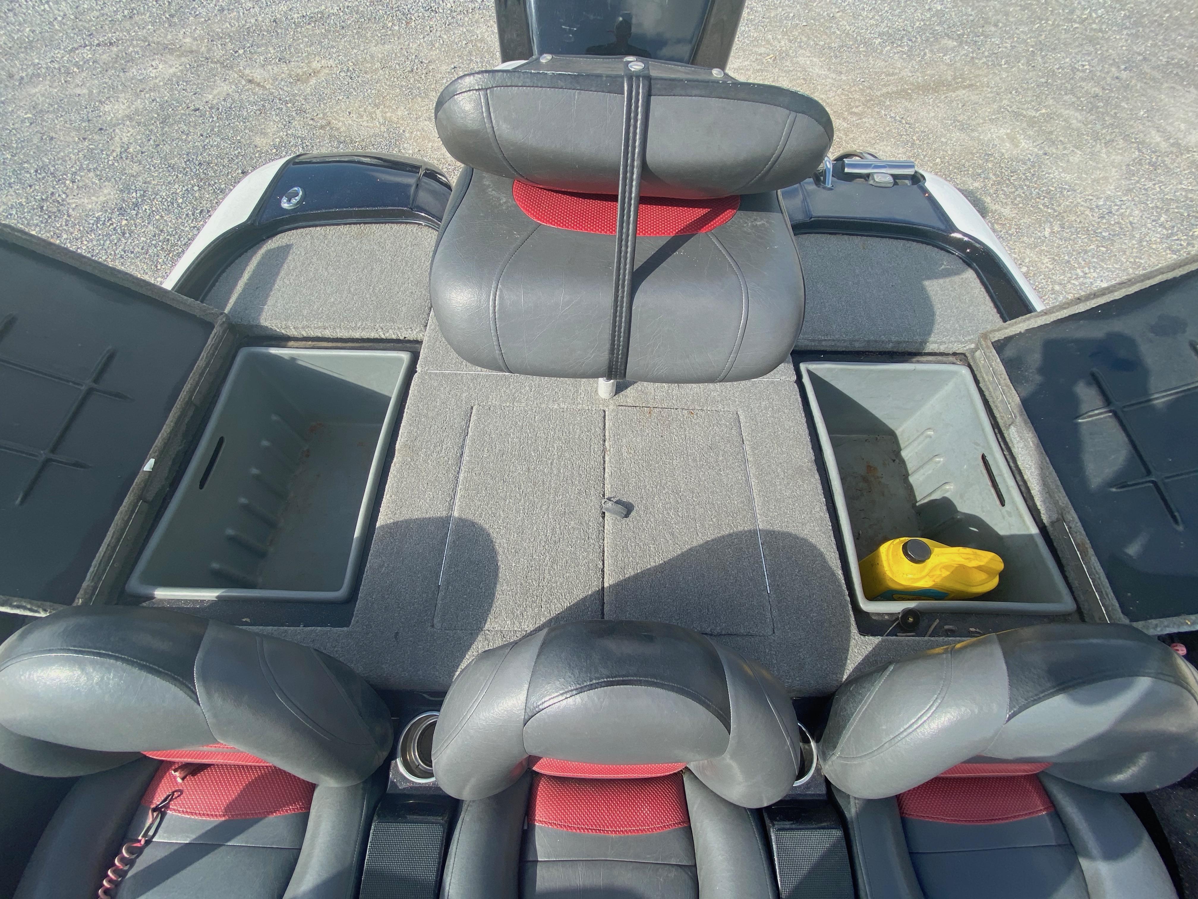 2011 Nitro boat for sale, model of the boat is Z6 & Image # 7 of 18