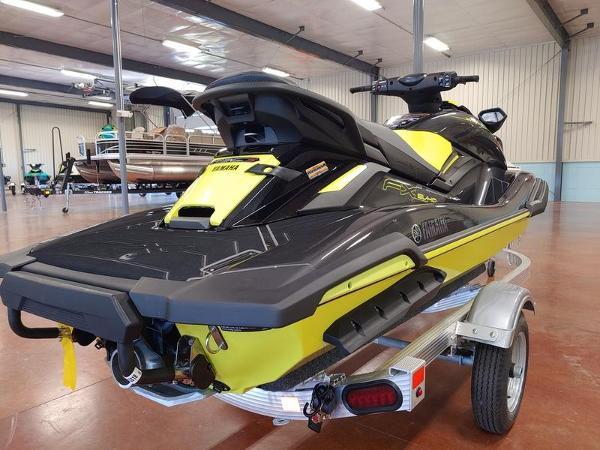 2021 Yamaha boat for sale, model of the boat is FX SVHO® & Image # 2 of 4