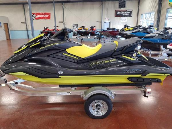 2021 Yamaha boat for sale, model of the boat is FX SVHO® & Image # 3 of 4