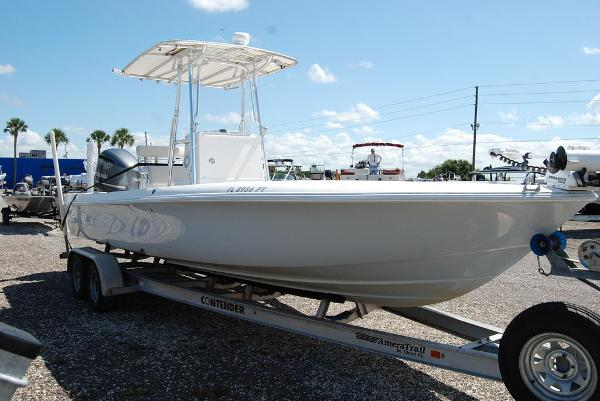 2013 Contender boat for sale, model of the boat is Bay 25 & Image # 2 of 12