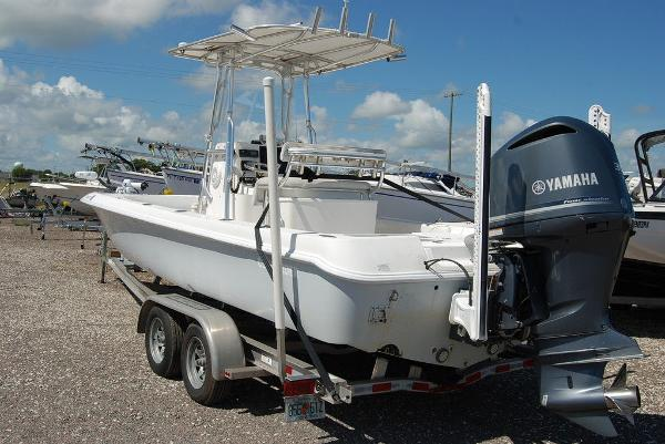 2013 Contender boat for sale, model of the boat is Bay 25 & Image # 3 of 12