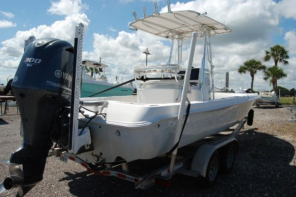 2013 Contender boat for sale, model of the boat is Bay 25 & Image # 8 of 12