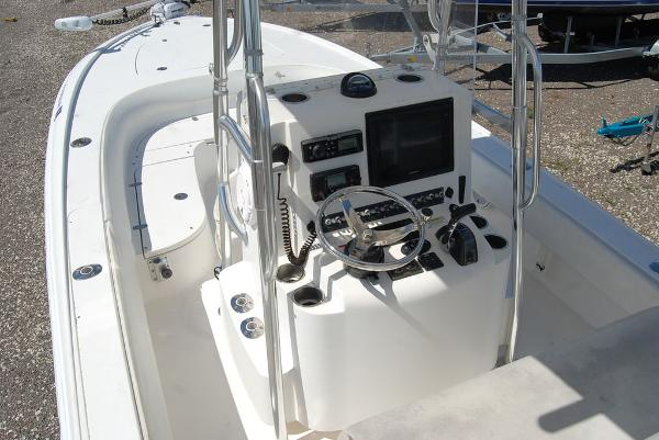 2013 Contender boat for sale, model of the boat is Bay 25 & Image # 9 of 12