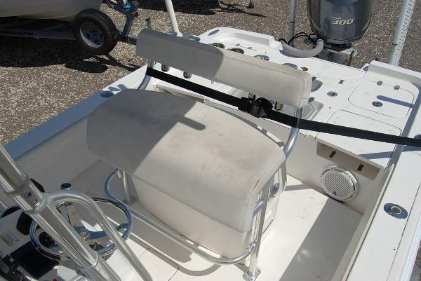 2013 Contender boat for sale, model of the boat is Bay 25 & Image # 12 of 12