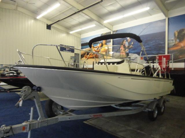 Image of 2022 Boston Whaler 210 Montauk