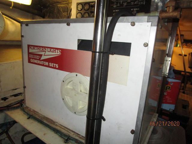 54' Ocean Alexander Northern Lights generator