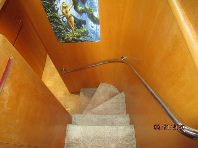 54' Ocean Alexander guest companionway stairs