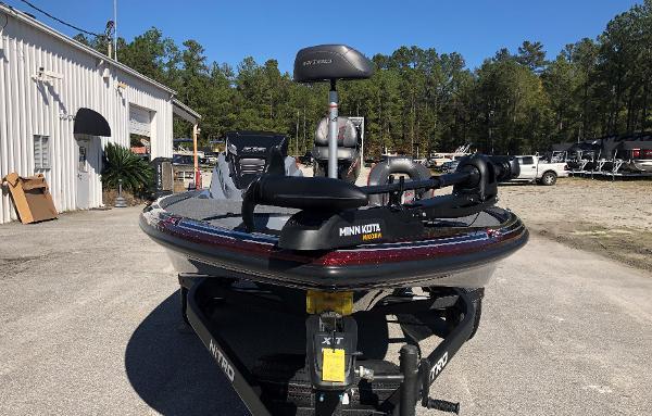 2021 Nitro boat for sale, model of the boat is Z18 & Image # 6 of 31