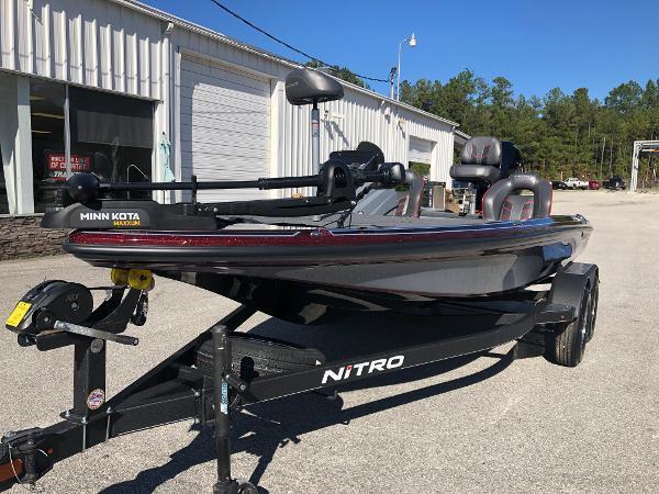 2021 Nitro boat for sale, model of the boat is Z18 & Image # 1 of 31