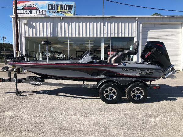 2021 Nitro boat for sale, model of the boat is Z18 & Image # 7 of 31