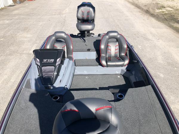 2021 Nitro boat for sale, model of the boat is Z18 & Image # 9 of 31