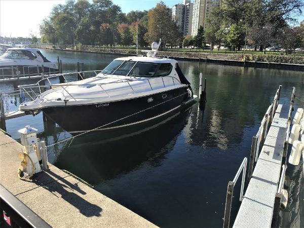 2008 Tiara Yachts 4300 Sovran thumbnail