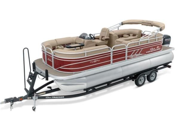2022 Sun Tracker boat for sale, model of the boat is PARTY BARGE® 22 XP3 & Image # 1 of 1