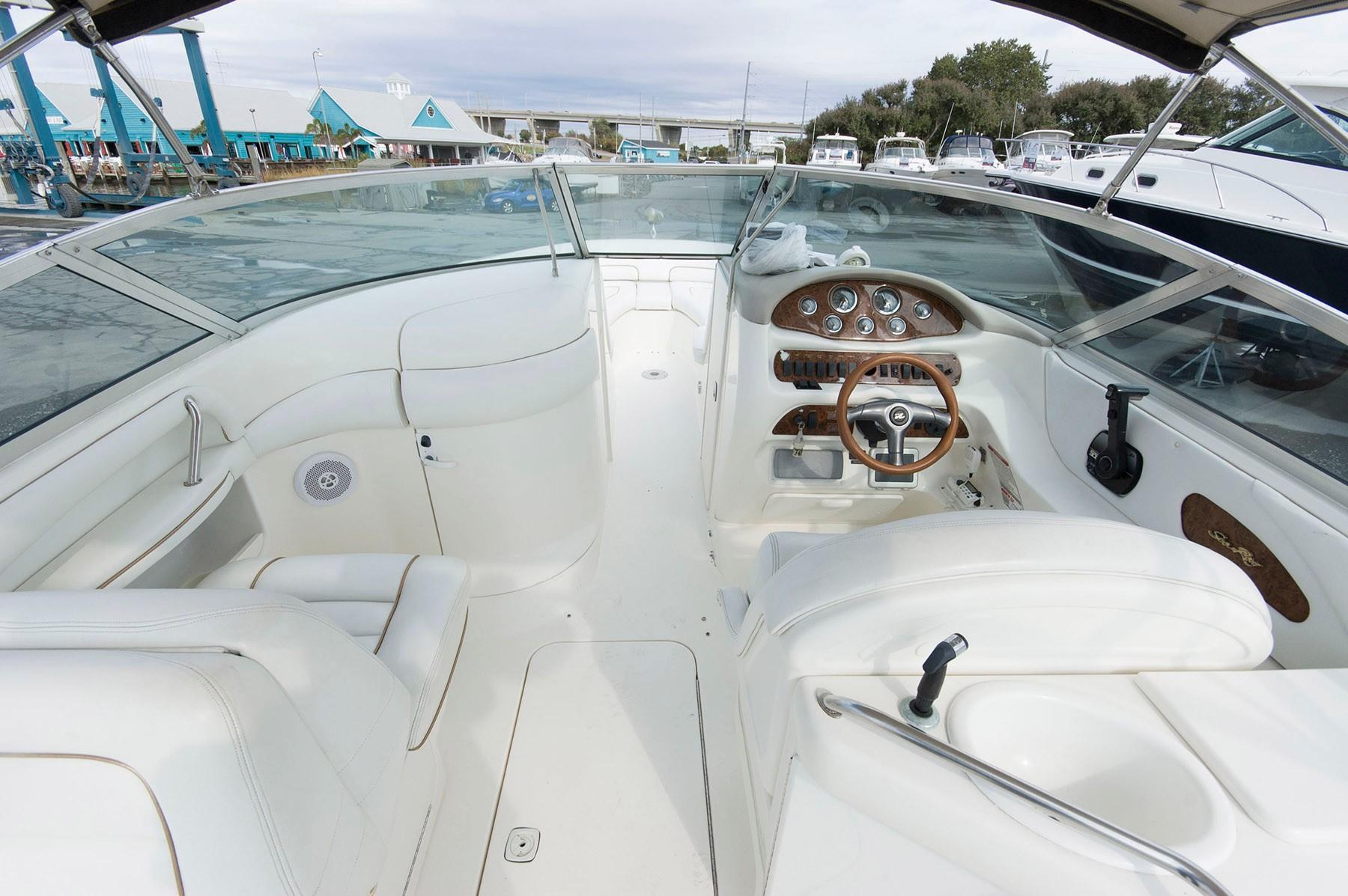 NJ 4989 KG Knot 10 Yacht Sales