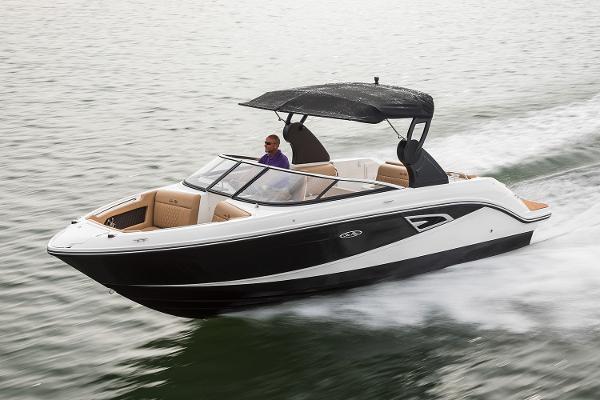 2021 Sea Ray SLX 230 thumbnail