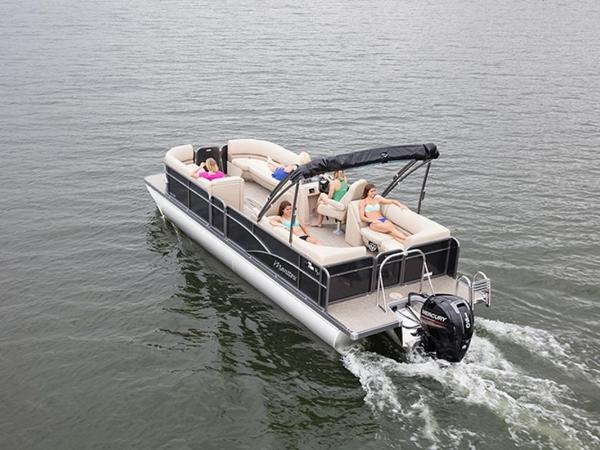 2021 Manitou boat for sale, model of the boat is 25 Aurora LE RF VP & Image # 2 of 4