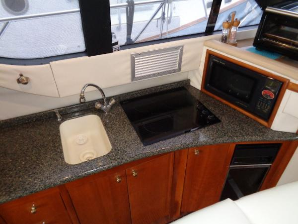 Carver 450 Voyager Pilothouse - Photo: #31