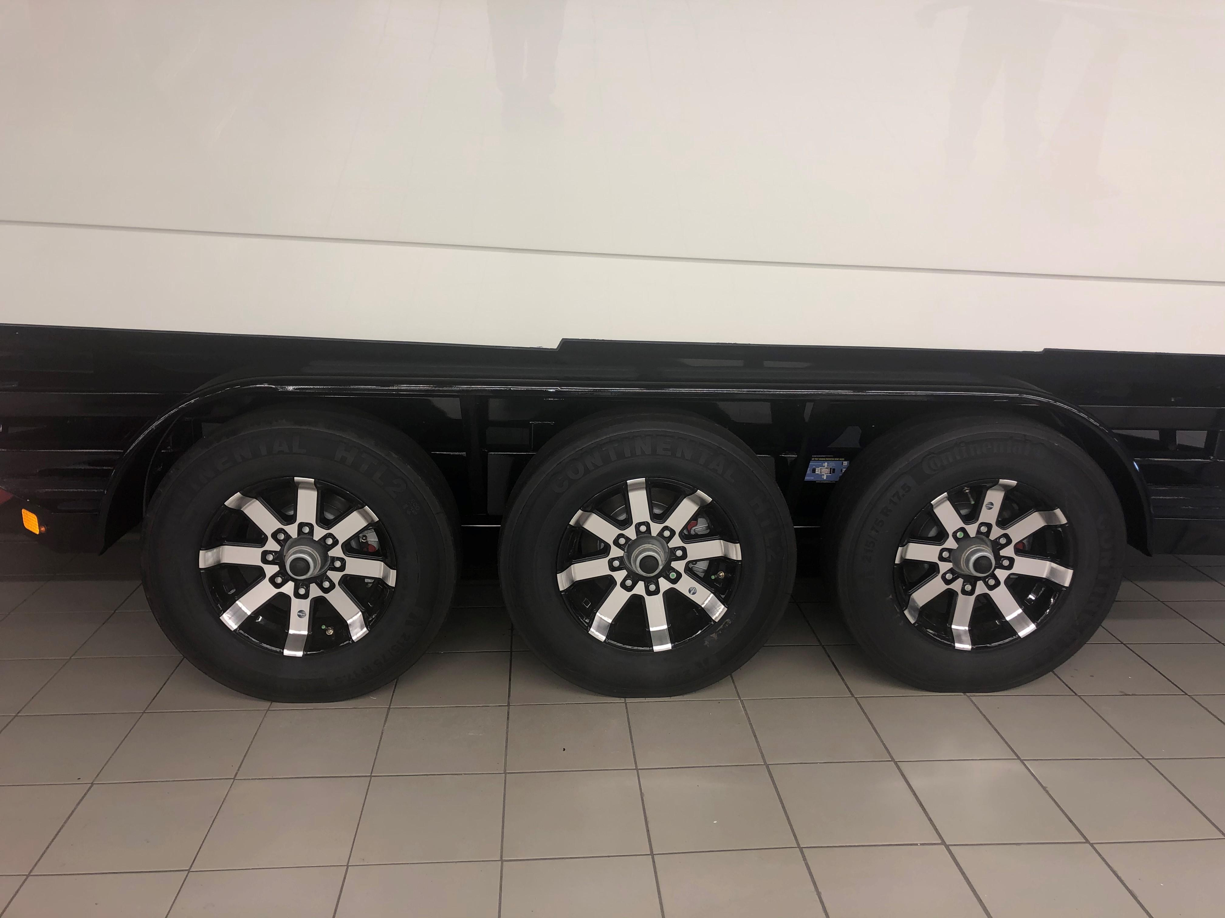 Custom Myco Trailer - Triple Axle