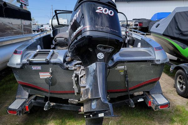 2016 Nitro boat for sale, model of the boat is ZV18 & Image # 3 of 14