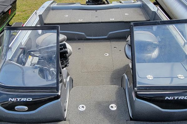 2016 Nitro boat for sale, model of the boat is ZV18 & Image # 13 of 14