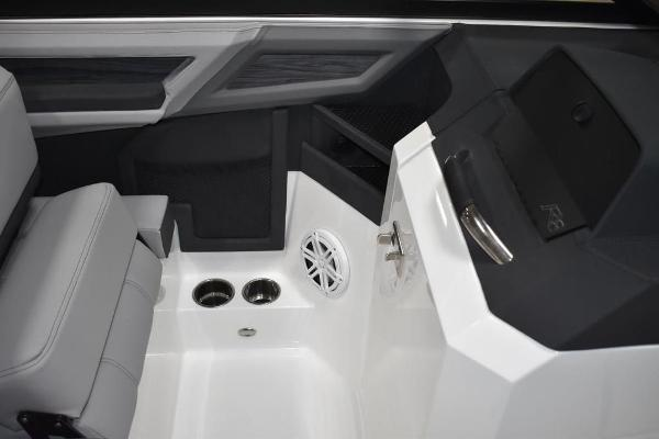 2021 Cobalt boat for sale, model of the boat is R8 & Image # 11 of 16