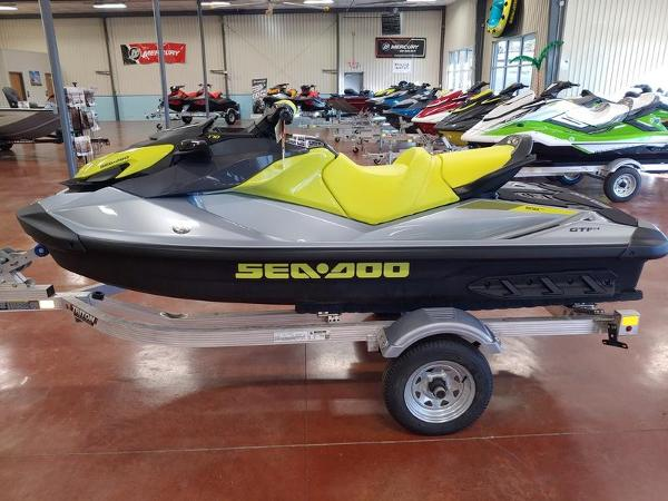 2021 Sea Doo PWC boat for sale, model of the boat is GTI™ SE 170 IBR & Sound System & Image # 3 of 3