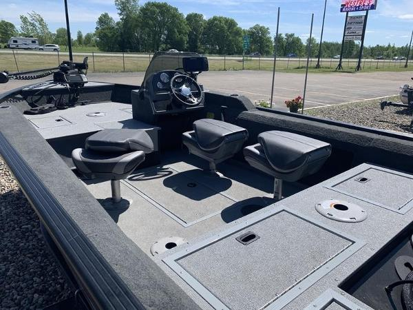 2021 Smoker Craft boat for sale, model of the boat is 168 Renegade & Image # 7 of 9