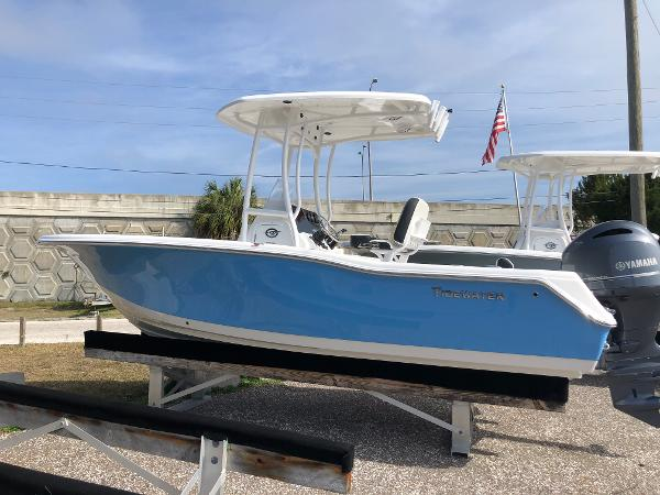 2021 TIDEWATER BOATS 210 Adventure