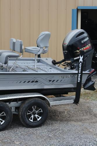 2021 Xpress boat for sale, model of the boat is H22B & Image # 2 of 12