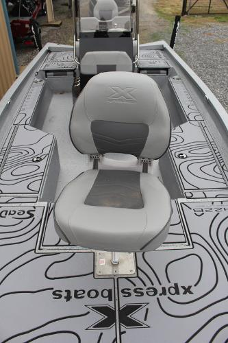 2021 Xpress boat for sale, model of the boat is H22B & Image # 10 of 12
