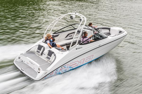 2022 Yamaha boat for sale, model of the boat is AR210 & Image # 8 of 10