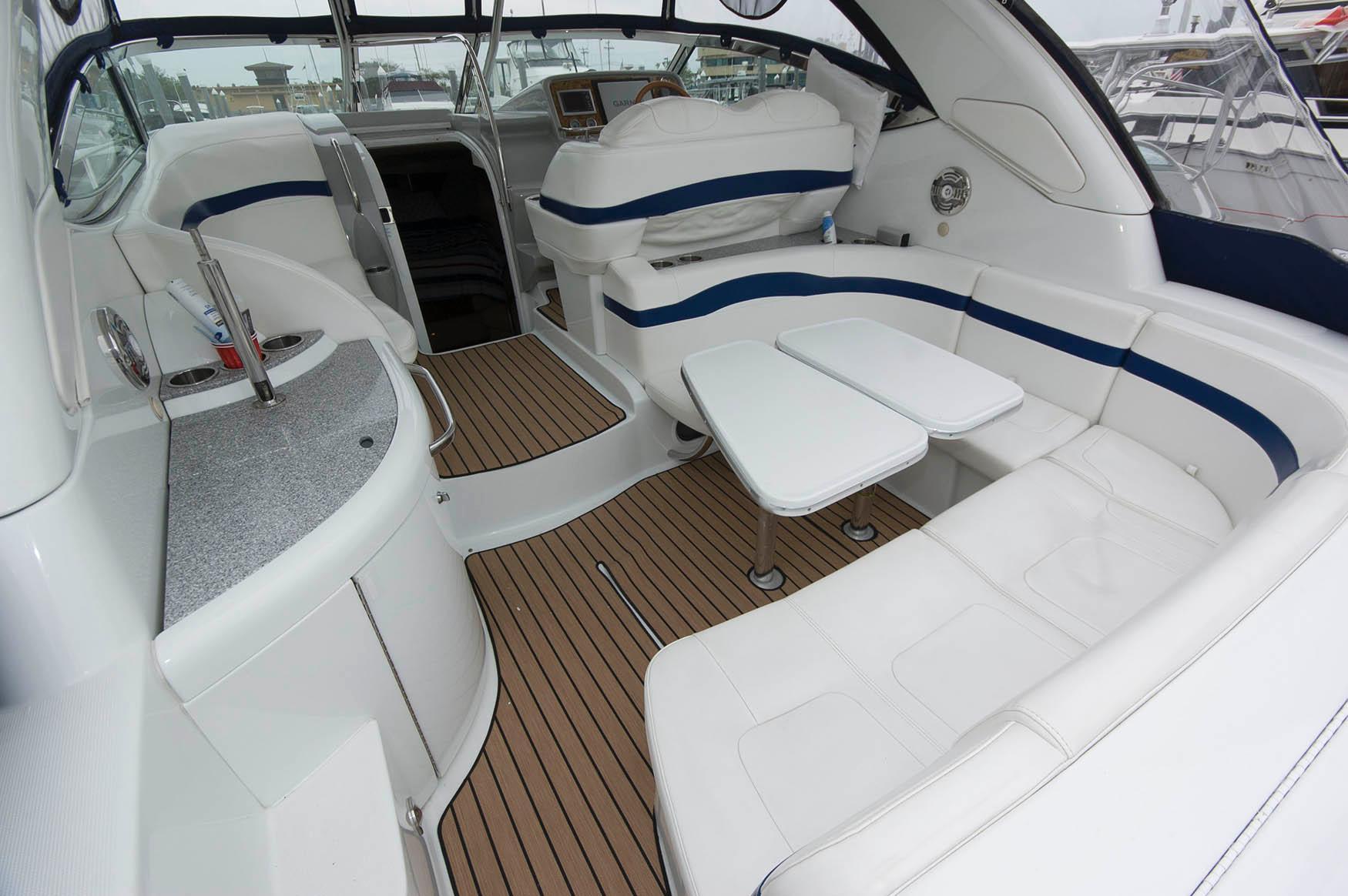 NJ 5670 JD Knot 10 Yacht Sales