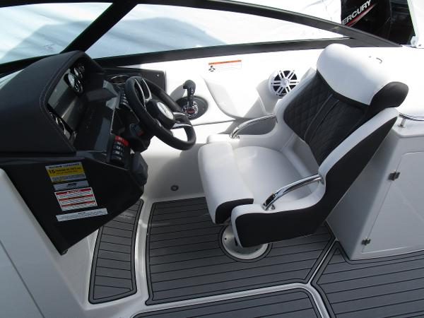 2021 Monterey boat for sale, model of the boat is M6 & Image # 19 of 37