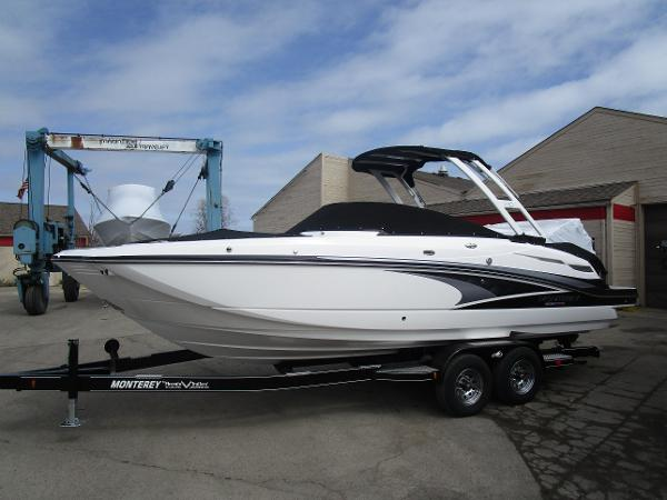 2021 Monterey boat for sale, model of the boat is M6 & Image # 2 of 37