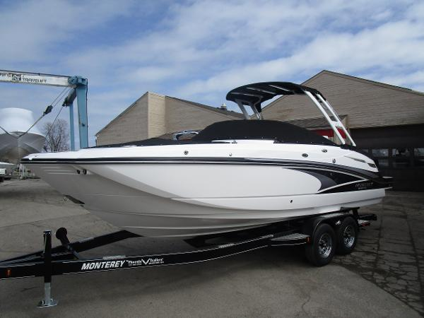2021 Monterey boat for sale, model of the boat is M6 & Image # 3 of 37