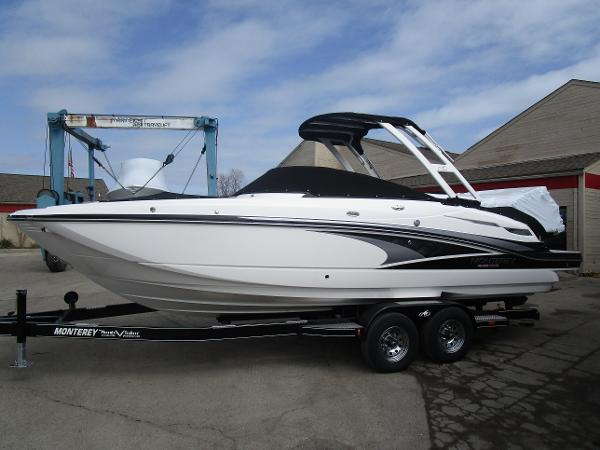 2021 Monterey boat for sale, model of the boat is M6 & Image # 4 of 37