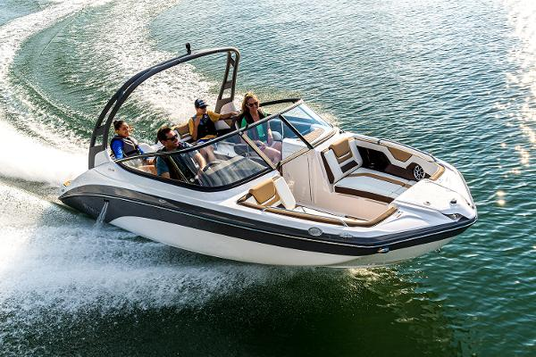2022 Yamaha boat for sale, model of the boat is 212SE & Image # 6 of 7