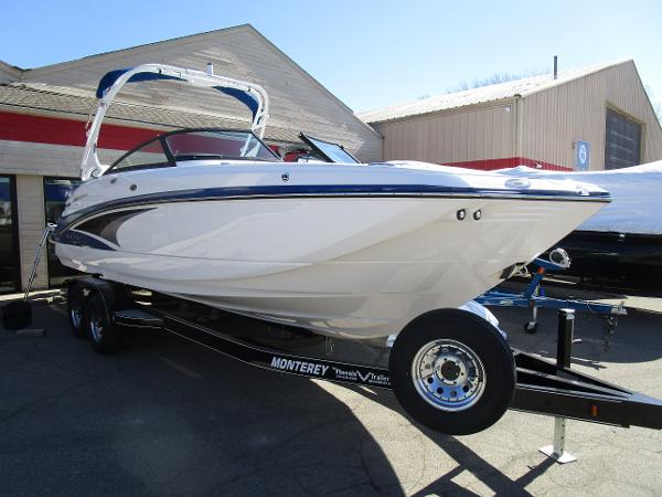 2021 Monterey boat for sale, model of the boat is M65 & Image # 2 of 21