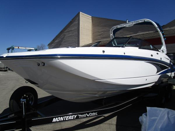 2021 Monterey boat for sale, model of the boat is M65 & Image # 4 of 21